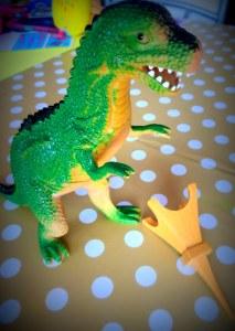 Dino-saw